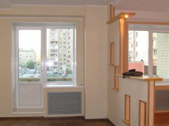 Снести стену между балконом и комнатой..